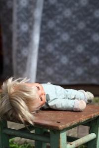 muñeca abandonada
